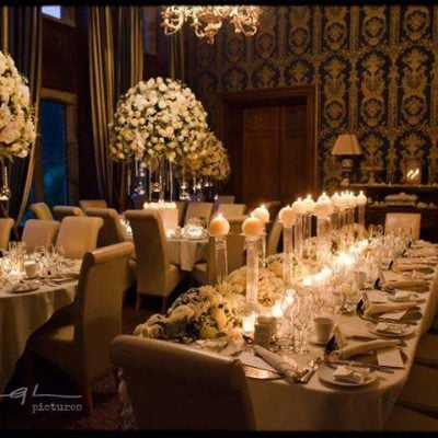 Avalanche+ byMeijer Rosesstyled byRed Floral Architecturefor a wedding dinner! (photo by Jeff Ascough Pictures)