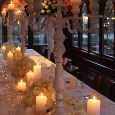 Sweet Avalanche and Avalanche+ byMeijer Roses styled for a special wedding dinner! (photo by LM Flower Fashion)