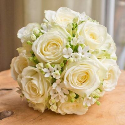 34. Bridal bouquet with Avalanche+ by styled by Mon Fleuri!