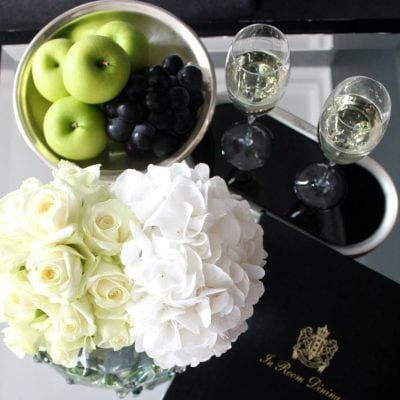 Avalanche by Meijer Roses styled in the Champagne Suite by Dom Pérignon in InterContinental Amstel Amsterdam! (photo by LM Flower Fashion)