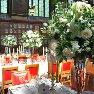 Beautiful table centerpieces with Avalanche+ byMeijer Rosesdesigned byToby B Roberts! (photo by Toby B Roberts)