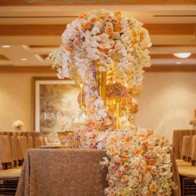 Pearl Avalanche by Meijer Roses elegant styled for The Floral Experience byKaren Tran Florals! (photo by Vanessa Velez Photography)