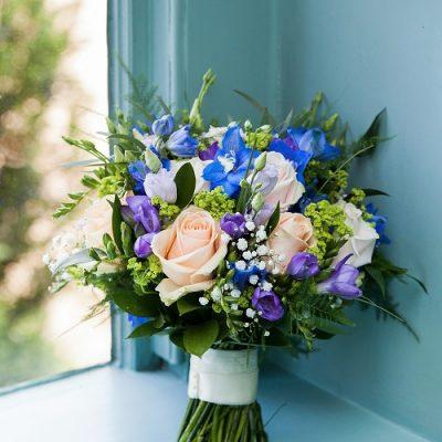 Bridal bouquet deisgned by Amie Bone Flowers