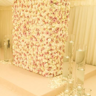 Flower wall designed with Avalanche and Sweet Avalanche by Flowers by Jemma Holmes