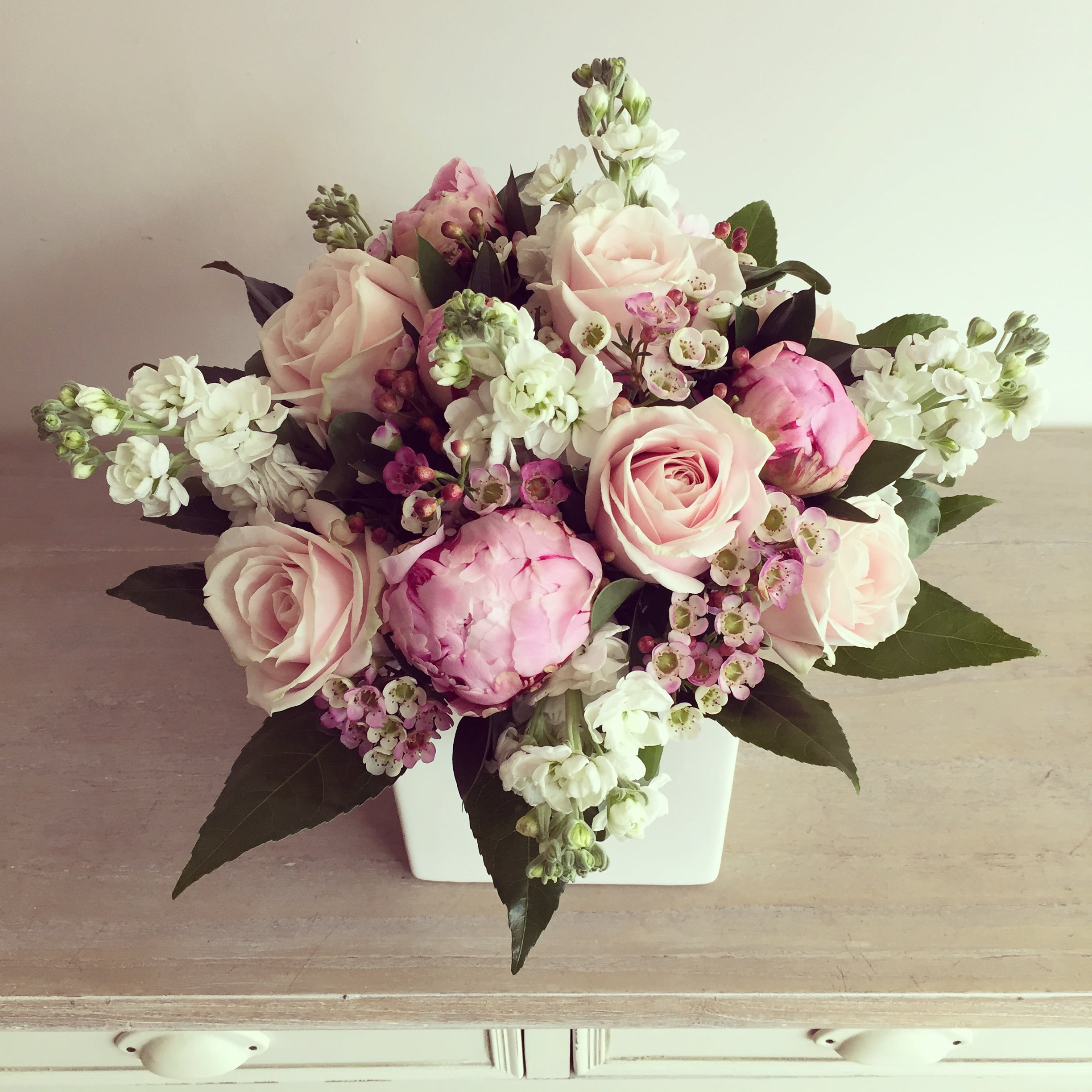 Shabby Chic By Lola Flower Boutique Meijer Roses