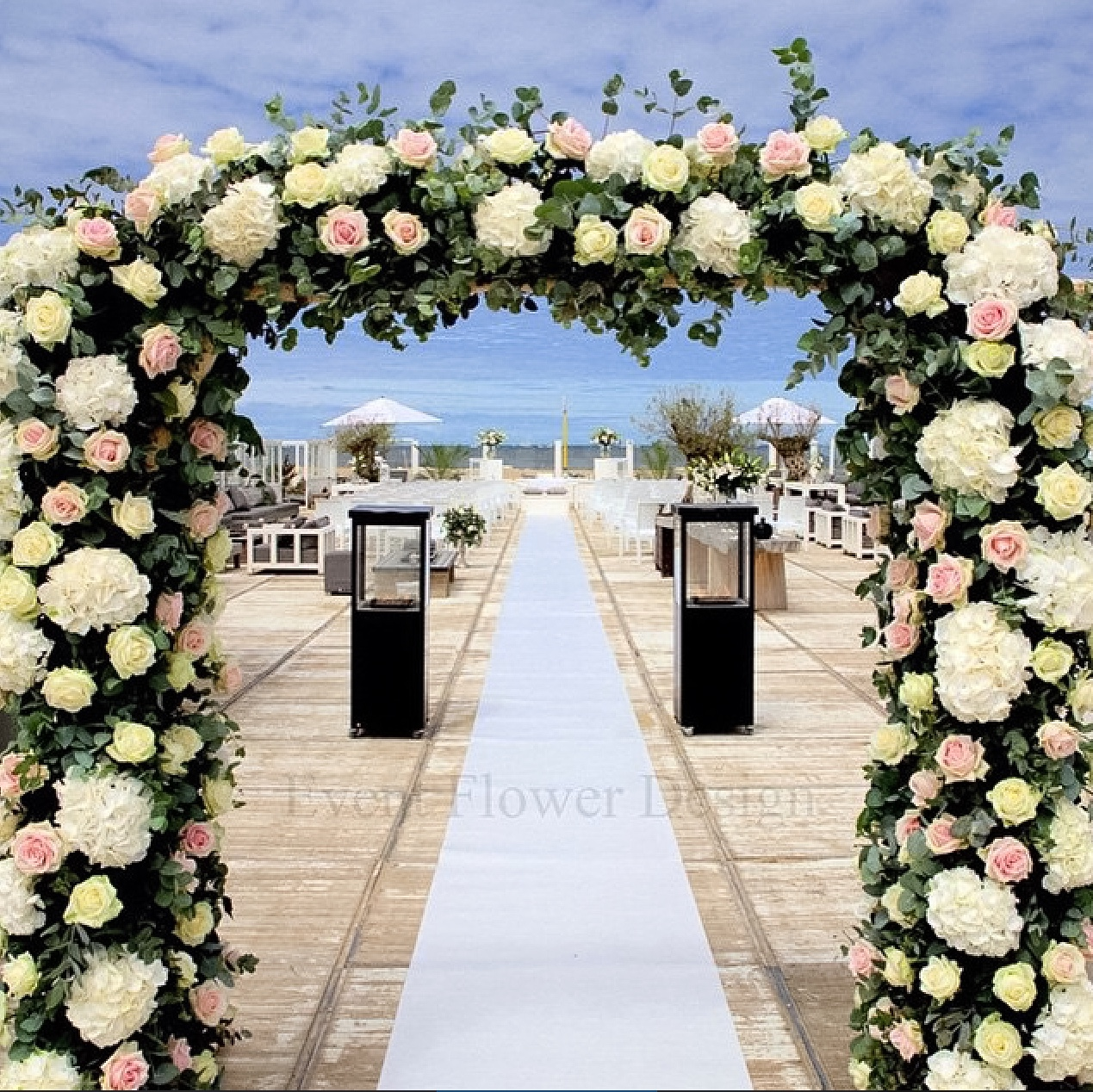 Floral Wedding Arch - Meijer Roses